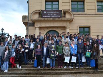 Foto de grupo - frente a EII de Oviedo